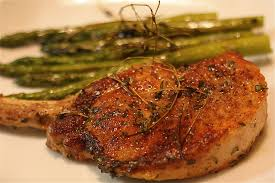 pork chops and asparagus